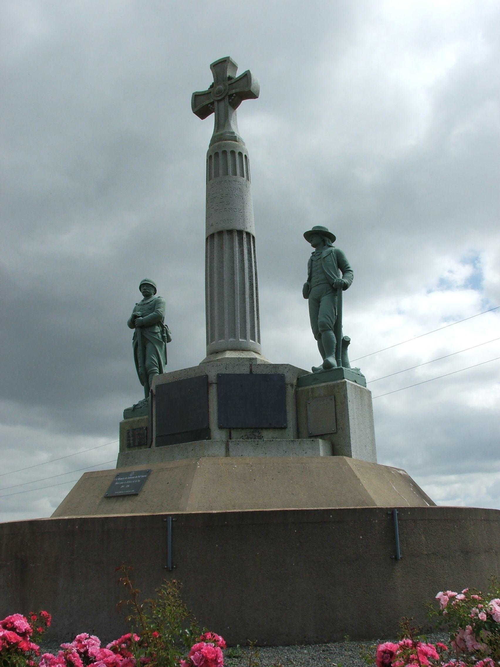 Monument aux Morts du Fief-Sauvin
