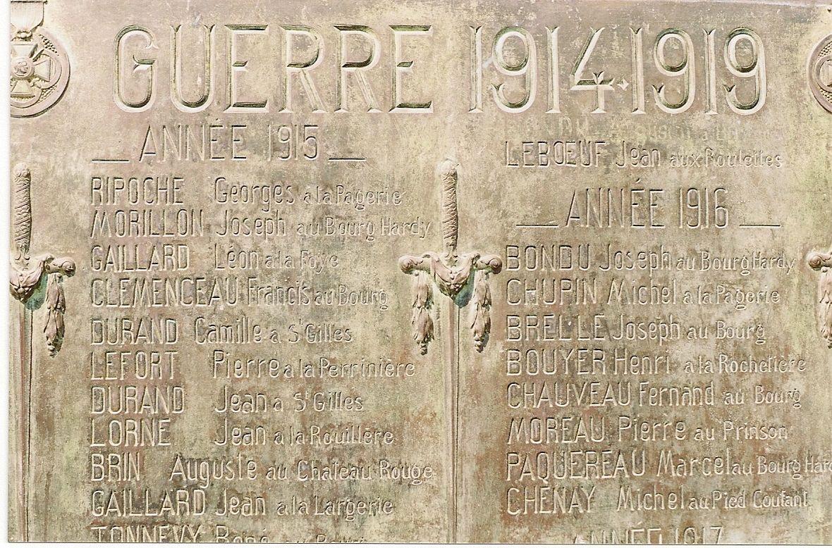 Monument aux Morts St-Germain-sur-Moine (1)