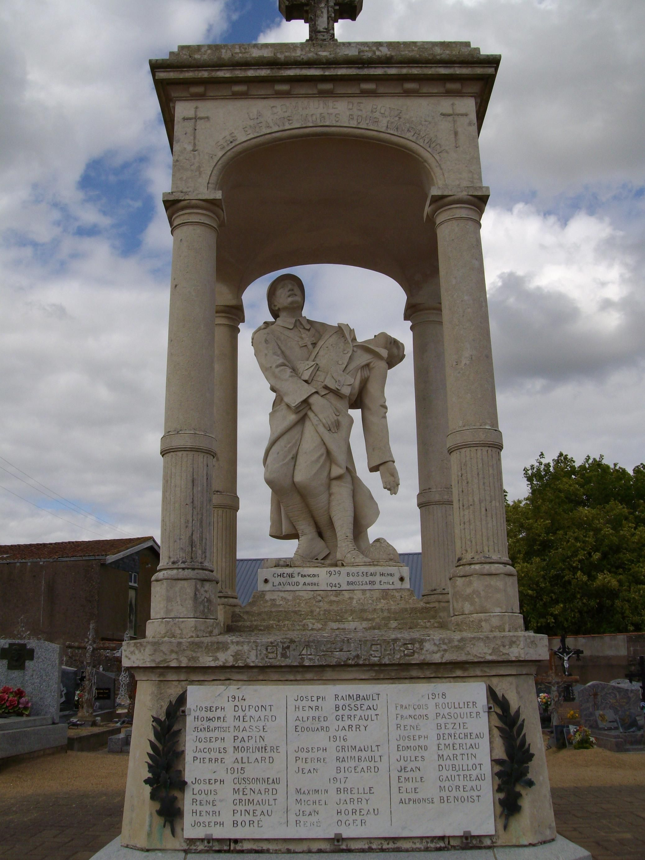 Monument aux Morts de Botz-en-Mauges.